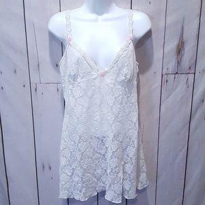 Fredericks of H  Vintage White Lace Babydoll